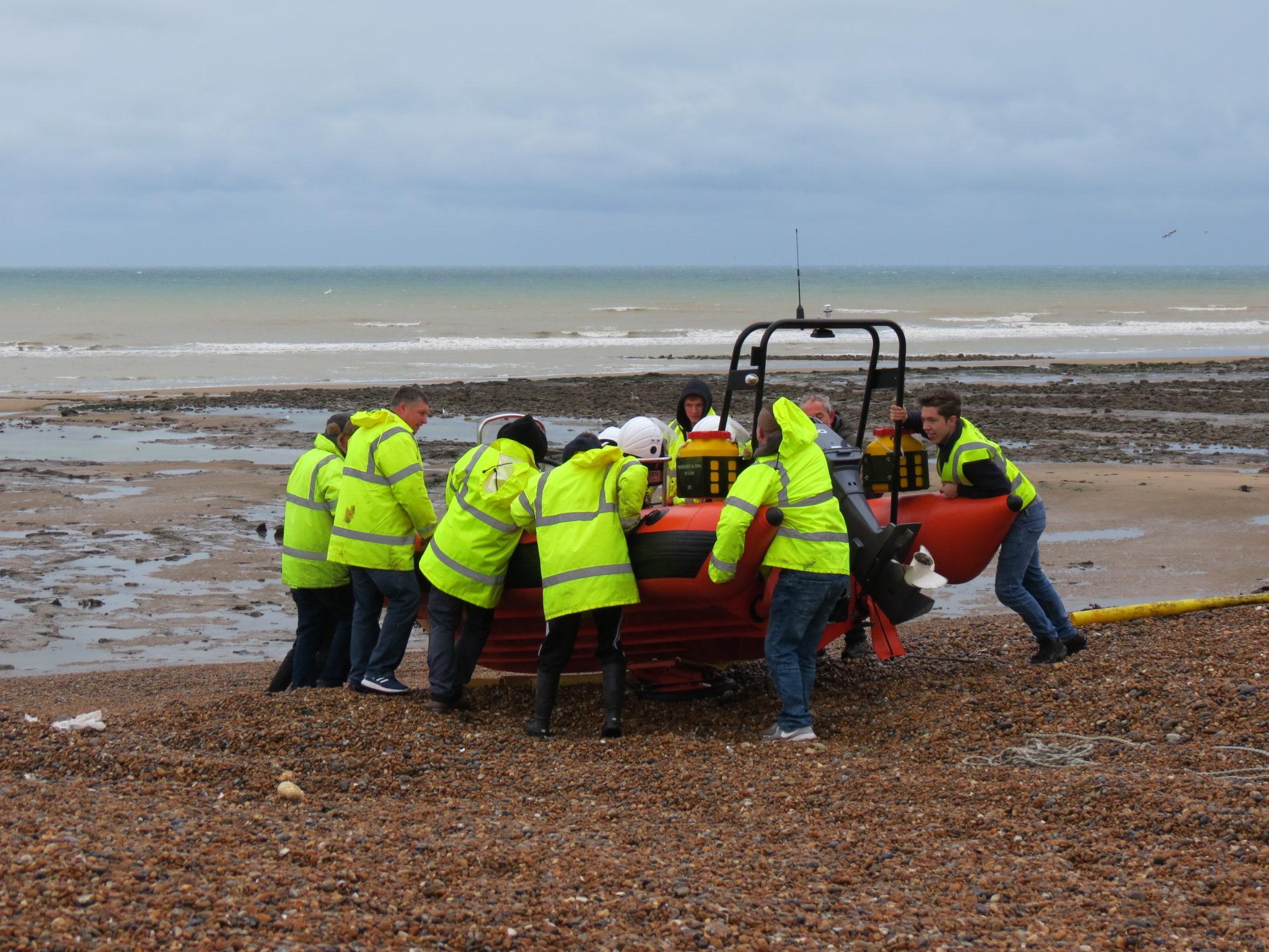 Pett Level Independent Rescue Boat, Sunday training, beach recovery