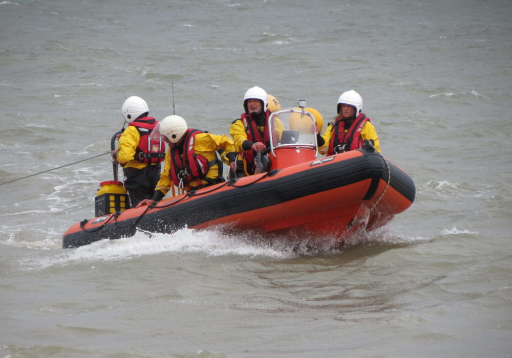 Open Day, sea display, return to shore
